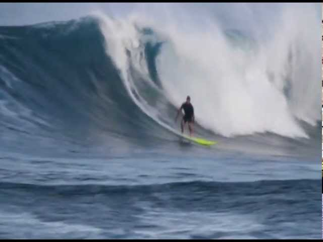 ALLEN SARLO SURFS SUNSET BEACH HAWAII 2012