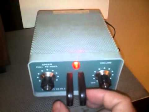 My Pristine Heathkit HD 1410 keyer in action.wmv