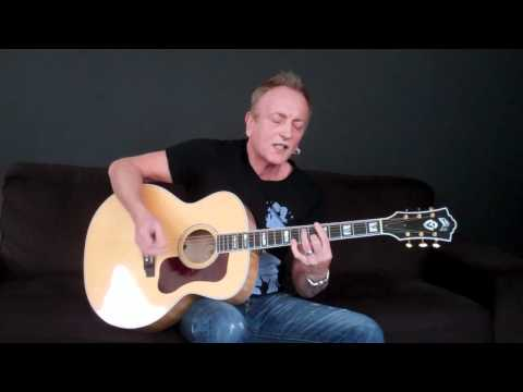 Phil Collen Performs Manraze's 'Closer to Me'