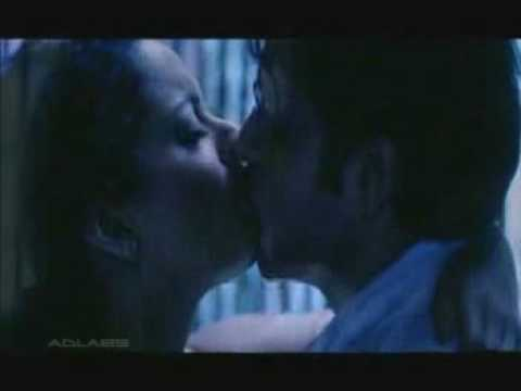Imran Hashmi Kissing Romance Gangster Bollywood Acter video