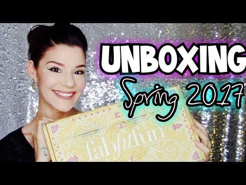 FabFitFun Spring 2017   Unboxing
