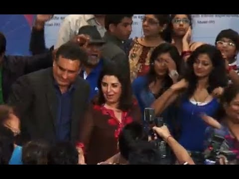 Flash Mob With Farah Khan & Boman Irani
