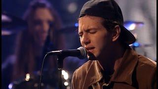 Pearl Jam - MTV Unplugged (3/16/1992) HD 1080p