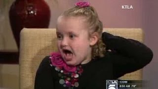 """""""Honey Boo Boo"""" misbehaves during interviews"""