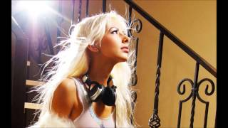 New House Mix 2012 - She Looks up to the Spaceman by djbenito HD