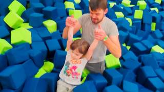 Indoor Playground Family Fun Play Area Learn Colors with Funny Kids & Nursery Rhymes Baby Songs