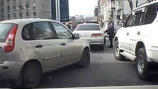 Дорожные разборки во Владивостоке