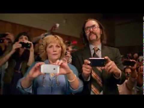 Microsoft se burla de los usuarios de Apple y Samsung en un comercial