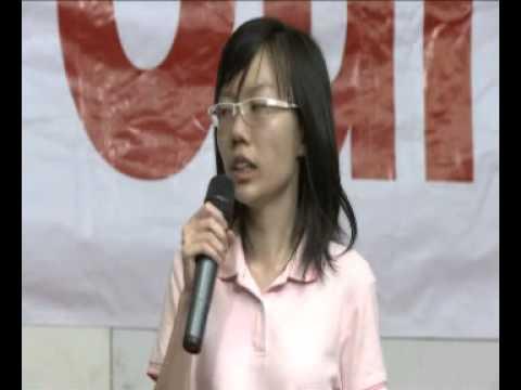 GE2015: Independent candidate Han Hui Hui speaks at Tiong Bahru Road