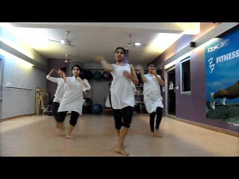 Abhi Mujhme Kahi - Delhi Batch video