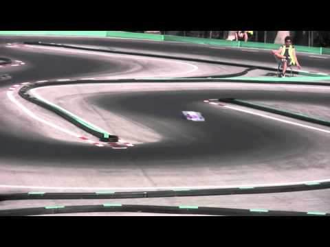 IFMAR 1/8th scale Worlds, Miami - Controlled Practice action