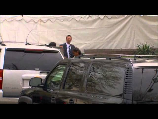 Raw: Obamas Attend Easter Service