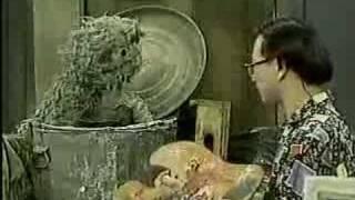 Classic Sesame Street - Hiroshi paints Oscar
