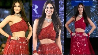 HOT BEAUTY Vaani Kapoor SIZZLES The Ramp Walk At Wedding Junction