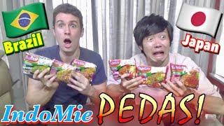 Orang Asing Campur IndoMie PEDAS 6 Rasa!! 辛いインドミー6種類混ぜてみた!!