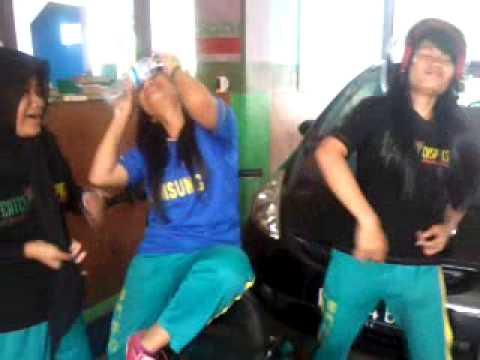 Harlem shake-cw gokil