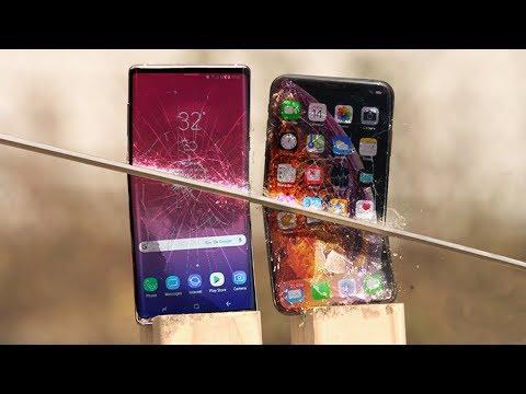 iPhone Xs Max vs Note 9 Katana Scratch Test!