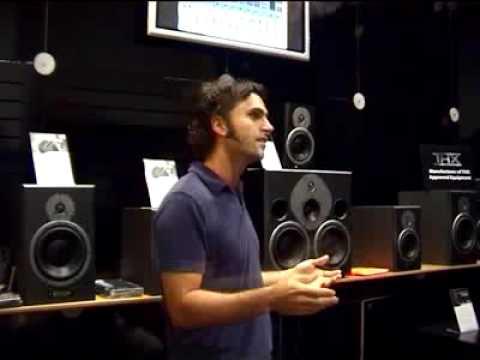 Dweezil Zappa talks about Asssimilator by TC Electronic