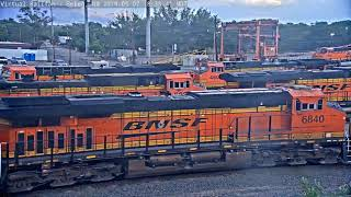 CANDY CORN INVASION (BNSF) AT BELEN, NM!  Short Video!