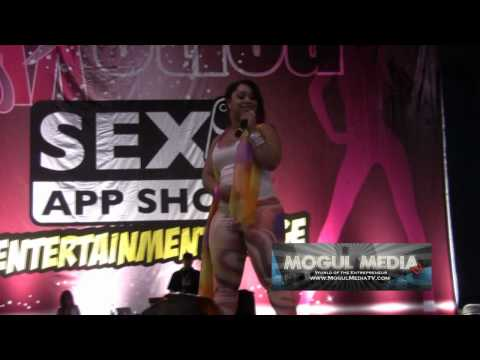 Pinky Performs Cut The Check At Miami Beach Exxxotica 2010 video
