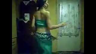 dansatoare no1 din ROMANIA la dans din buric super tare