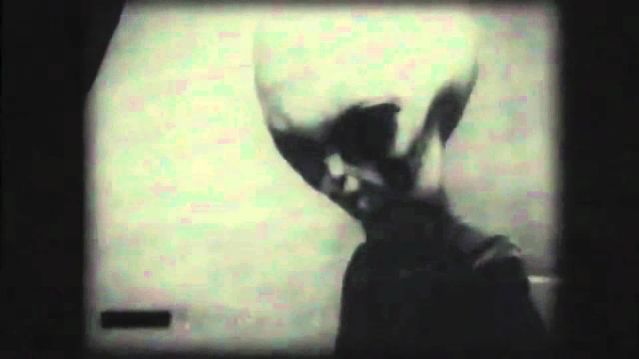 ROSWELL LIVE Alien Footage Real or Fake You Decide - YouTube Real Alien Footage 2013