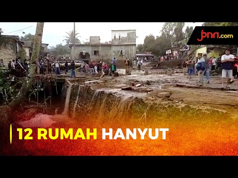 Hujan Deras, 12 Rumah di Sukabumi Hanyut Terbawa Banjir