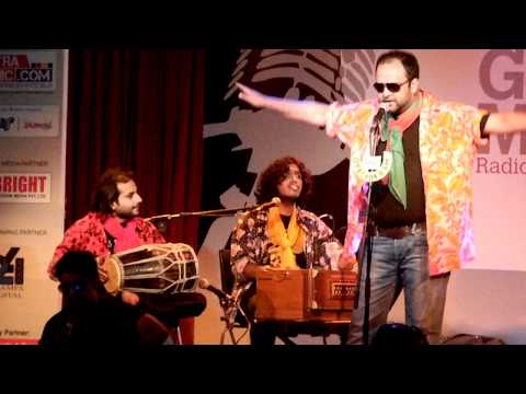 Why This Kolavery Di Ghazal  Oye! 104.8fm Hosts Golden Mikes Awards In Mumbai video