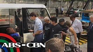 TV Patrol: Trudeau, sumakay sa e-jeepney; mga unang ginang, pinabaunan ng tsokolate