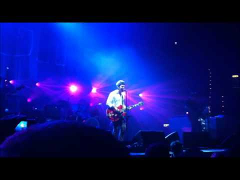 Noel Gallagher's High Flying Birds - Let The Lord Shine A Light On Me [Live in Bologna 06.10.2012]