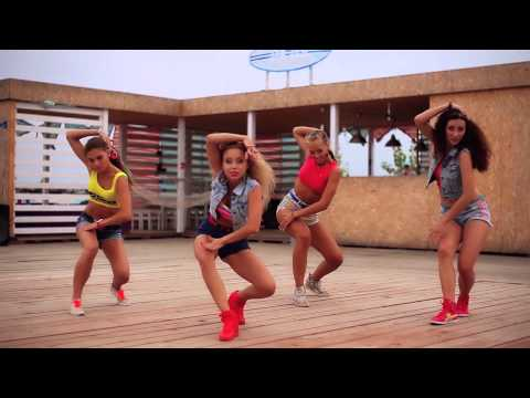 Major Lazer: 'Watch out for this' dance super video by DHQ Fraules