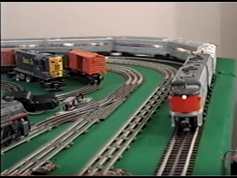 Lionel train layout mth o-gauge