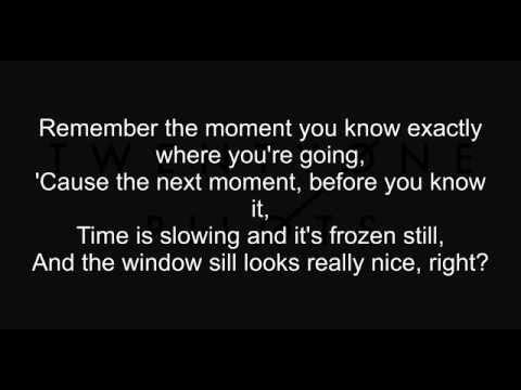 Twenty One Pilots - Holding On To You | Lyrics