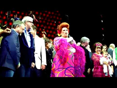 Finale and Speech at Hairspray's Last Broadway Show 1/4/09