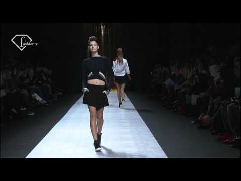 fashiontv | FTV.com - PARIS FW S/S 11 - MARITHE&FRANCOIS GIRBAUD SHOW