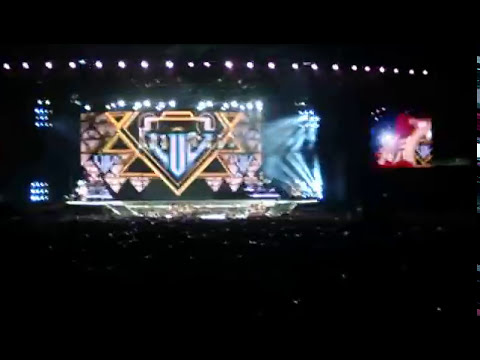 Madonna - MDNA tour Buenos Aires 2012 - Give Me All Your Luvin'