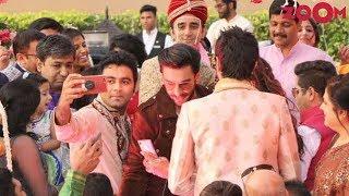 Ranveer Singh surprises newlyweds by gatecrashing their wedding | Bollywood News