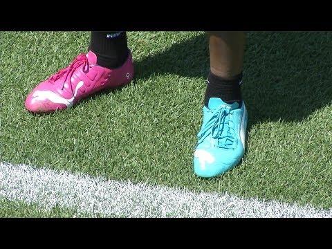 Azzurri: Balotelli, Buffon, Chiellini e Romulo e gli scarpini bicolore