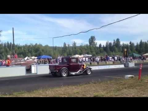 AUSTIN VS. 30' MODEL A PICKUP BILLETPROOF ERUPTION DRAGS TOUTLE, WA 2013