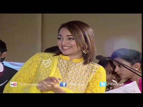 Sonakshi Sinha Speaks to Media in Promotion of Rajinikanth Lingaa Movie @ Hyderabad - 99tv