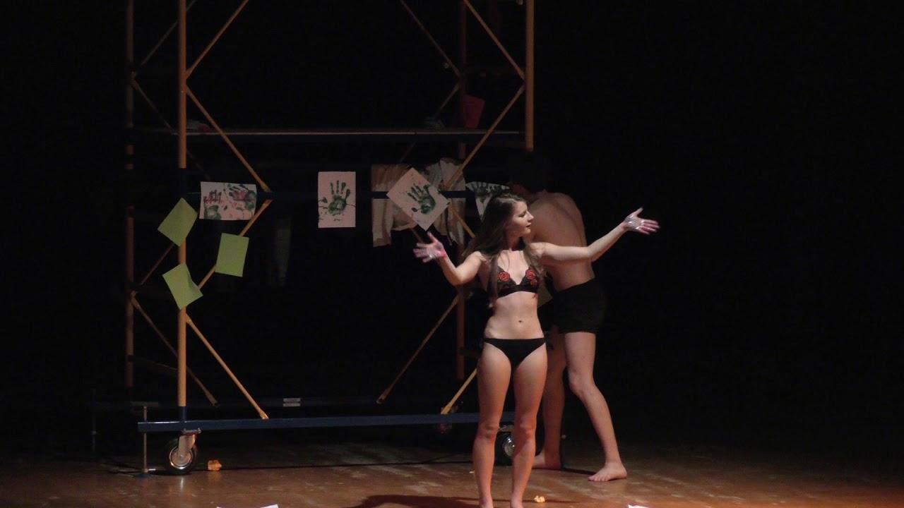 """Калушани побачили мімічну драму Адама і Єви від молодого театру """"Silentium"""""""
