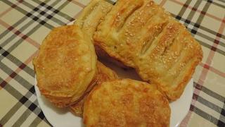 Пироги из слоёного теста рецепты сладкие