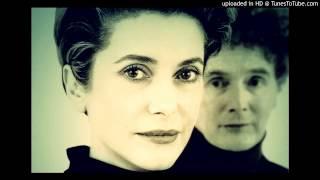 Malcolm McLaren ft. Catherine Deneuve - Paris Paris