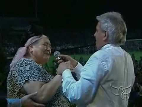 Benny Hinn - Mighty Miracles in the Ukraine