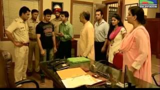 Sameer gets robbed by 2 fake Police officers - Episode 178 - 16th November 2012