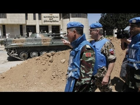 U.N. observers check Syrian heavy weaponry in field visit - no comment