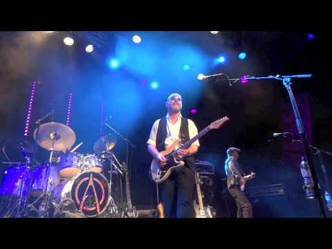 Wishbone Ash - 13-01-2012 @ Boerderij Zoetermeer - 15. Blowin Free