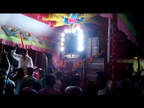 Aankh Mare O Ladka Mix By Dj Dhana Playing In Karad 2013 Navratri video