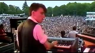 Simple Minds   Someone Somewhere In Summertime Live 1983