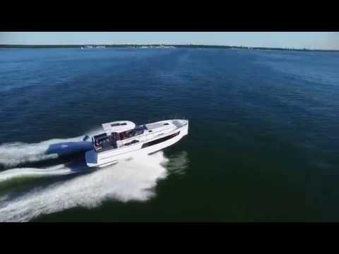 motor yacht DELPHIA Escape1100Soley 6
